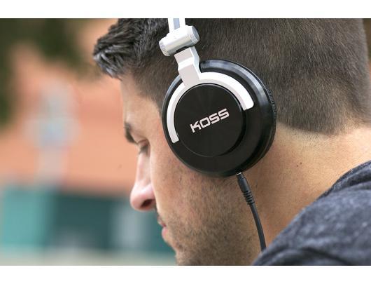Ausinės Koss ProDJ200 apgaubiančios ausis